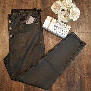 BlankNYC Crybaby High Rise Button Fly Skinny Jeans